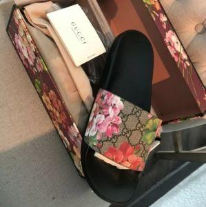 Gucci Women's Floral Bloom Slides